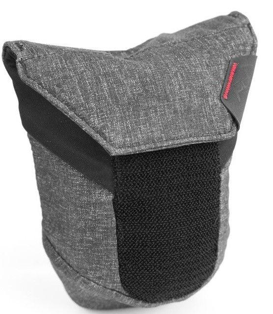 Купить Сумки и чехлы фото/видео, Сумка для объектива Peak Design Range Pouch Medium (BRP-M-BL-1) Charcoal