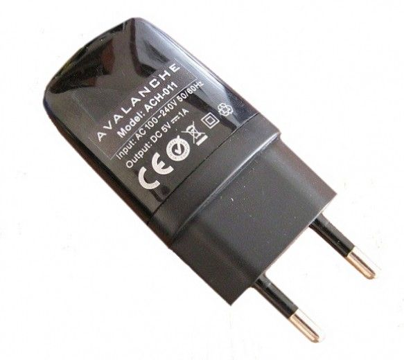 Сетевое зарядное устройство Avalanche ACH-011 USB 1А
